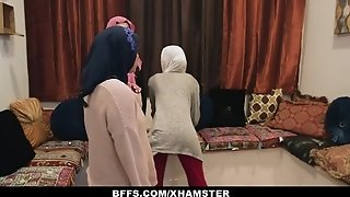 BFFS - shy unexperienced Poonjab chicks penetrate In Their Hijabs