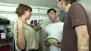 Reife Swinger - steaming MMF threeway with lusty mature German