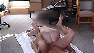 Round unexperienced wifey boinked on the floor