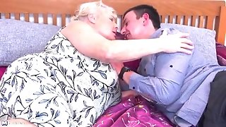 Older grandmother gets her last fuck-a-thon with youthfull stud