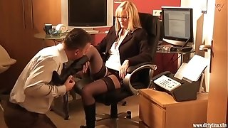 Muddy platinum-blonde assistant want to have joy