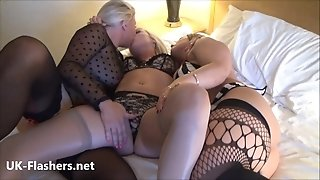 Mature lezzie hidden webcam women finger-tickling and snatch pleasuring on spywebcam with mummy plumper and blondie girlfriends in bed