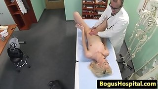 Pumping out euro fingerblasted and boinked by her dr