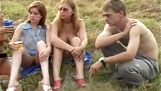 Super-hot Russian outdoor soiree inexperienced porno flicks, teenagers Movies Public clothespins