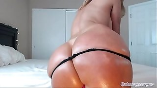 Phat ass white girl mother Uses big black cock for anal invasion and railing